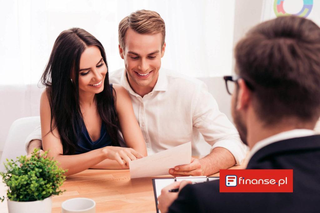 Dlaczego warto korzystać z usług doradcy finansowego?